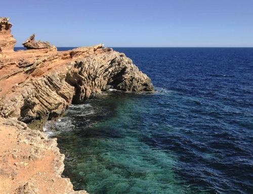 15 lugares mágicos que tienes que visitar en Ibiza